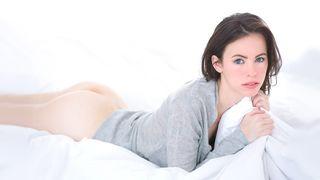 Erotic masturbation turns into hawt hardcore sex for this beautiful gal