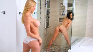 Stepmom caught her stepdaughter masturbating in the shower!