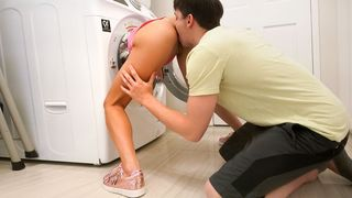 He fucked his little stepsister during the time that this babe was doing the laundry